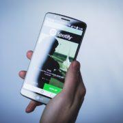telefoon niet meer nodig voor spotify met alexa